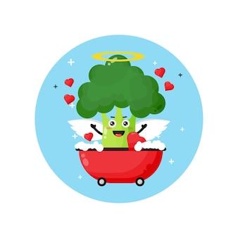 Broccoli di angelo carino ammollo in una vasca d'amore