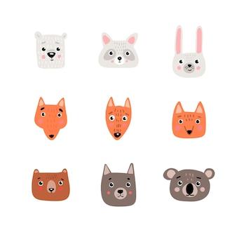 Facce di animali carini per carta bambino e invito. personaggi disegnati a mano.