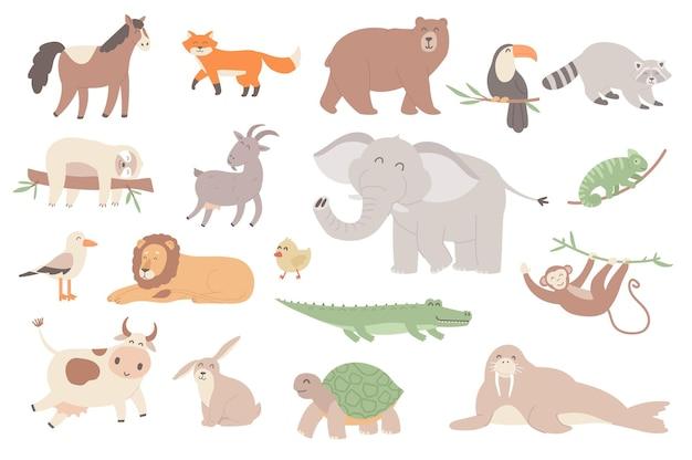 Set di oggetti isolati animali carini collezione di cavalli volpe orso tucano procione bradipo elefante