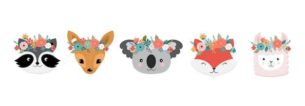 Teste di simpatici animali con corona di fiori. panda, lama, volpe, koala, gatto, cane, procione e coniglio
