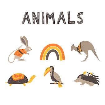 Simpatici animali e la scritta animali in stile scandinavo. disegno a mano