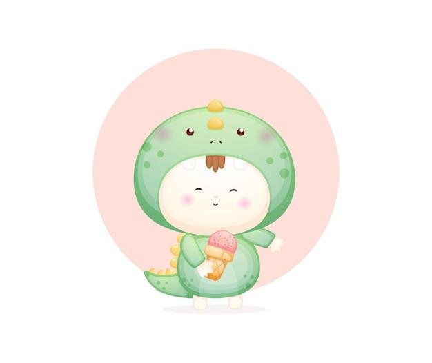 Bambino carino in costume da dinosauro che tiene il gelato vettore premium
