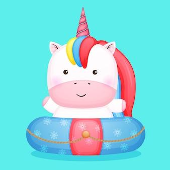 Unicorno sveglio del bambino sulla boa di nuoto fumetto estivo