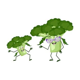 Simpatici personaggi di broccoli divertenti nonna e nipote, braccia e gambe. l'eroe divertente o felice, verdura verde o cavolo. illustrazione piatta vettoriale