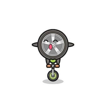 Il simpatico personaggio della ruota dell'auto sta cavalcando una bici da circo, un design in stile carino per maglietta, adesivo, elemento logo