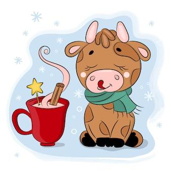 Toro sveglio del fumetto con la tazza di cioccolato illustrazione disegnata a mano di festa di buon natale di capodanno