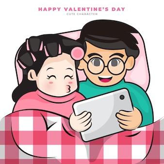 Simpatico personaggio dei cartoni animati della coppia romantica sta guardando il tablet sul letto e felice san valentino
