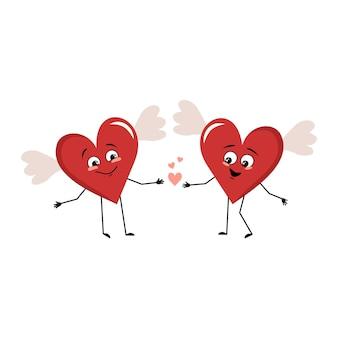 Simpatico personaggio cuore rosso con ali ed emozioni d'amore sorriso viso occhi felici tenendosi per mano san valentino...