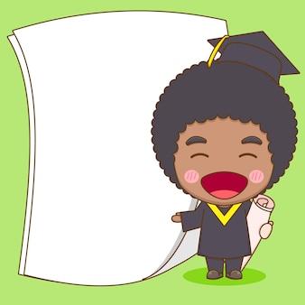 Simpatico studente di carattere chibi in abito da laurea con carta vuota