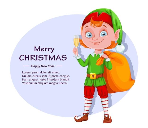 Simpatico personaggio dei cartoni animati di elfo di natale che tiene un bicchiere di champagne