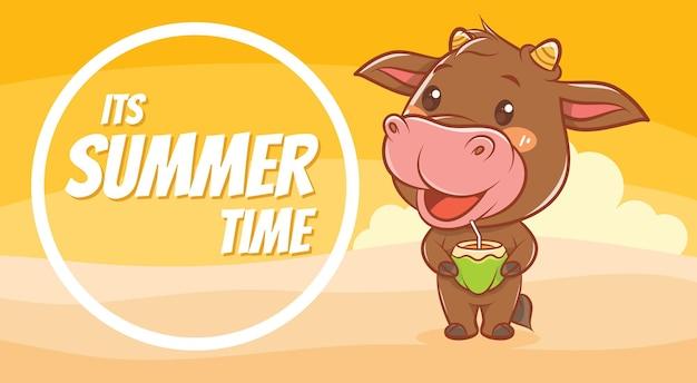 Simpatica mucca che tiene in mano giovani noci di cocco con uno striscione di auguri estivo summer