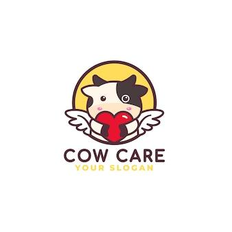 Logo di cura del cuore che abbraccia mucca carina