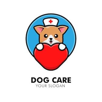 Cane carino che abbraccia l'illustrazione del design del logo animale del logo della cura del cuore