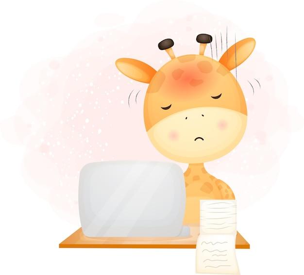 Giraffa del bambino sveglio di doodle che lavora con un computer portatile. illustrazione del fumetto