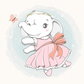 Gioco sveglio della ragazza dell'elefante con il fumetto della farfalla disegnato a mano
