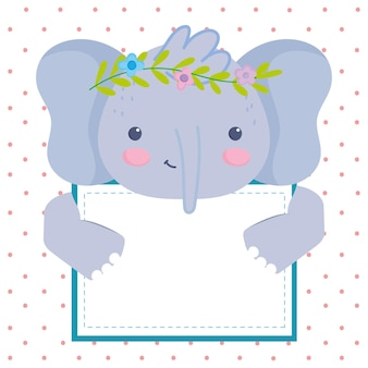 Simpatico elefante con lavagna bianca