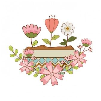 Fiori e foglie svegli nel giardino in vaso