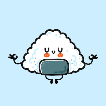 Gli onigiri divertenti svegli meditano nella posa di yoga. icona dell'illustrazione del carattere di kawaii del fumetto disegnato a mano di vettore. onigiri, riso asiatico e cibo nori, concetto di personaggio dei cartoni animati della mascotte del sushi
