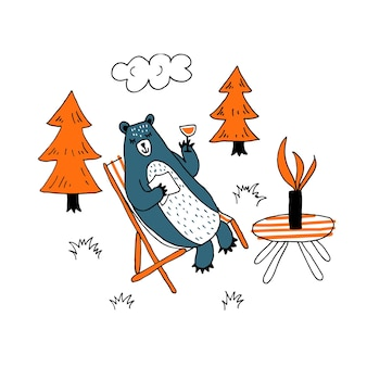 Simpatico orso felice seduto su una sedia a sdraio bevendo cocktail fantasia sorriso rilassato disegno a mano vettore
