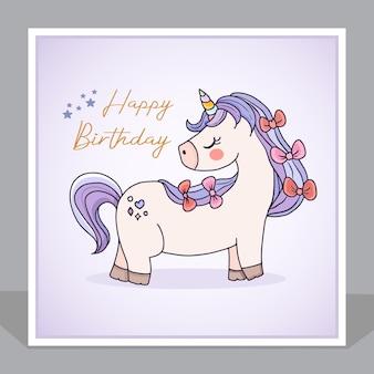 Scheda dell'invito del fumetto di unicorno carino buon compleanno