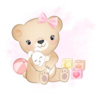 Simpatico orsetto con coniglietto e giocattolo per bambini