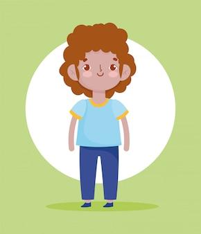 Illustrazione sveglia di vettore del personaggio dei cartoni animati dell'uniforme scolastica dello studente del ragazzino