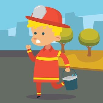 Carino piccolo pompiere correre e tenere un secchio d'acqua