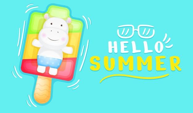 Simpatico ippopotamo sdraiato sulla boa del gelato con banner di auguri estivi summer