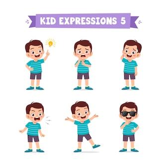 Ragazzino sveglio in varie espressioni e insieme di gesti