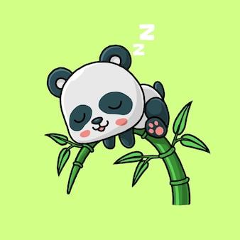 Panda sveglio che dorme sull'albero di bambù