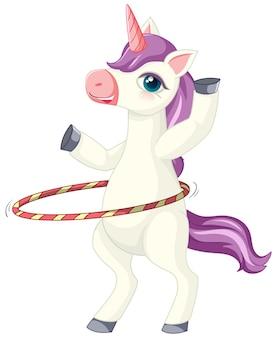 Simpatico unicorno viola che gioca in posizione di hula hoop su sfondo bianco