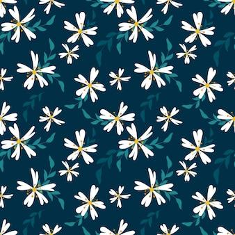 Modello senza cuciture sveglio con piccoli fiori bianchi