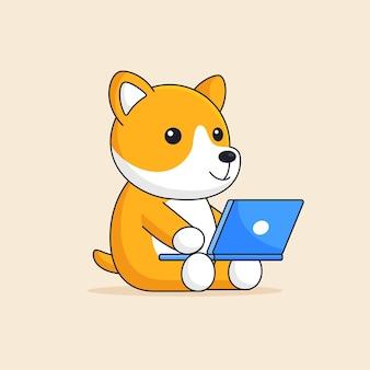 Il cane arancione giapponese sveglio di shiba inu si siede e utilizzando il computer portatile