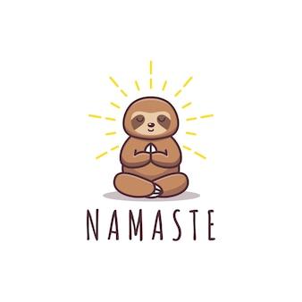 Namaste di posa di yoga di bradipo carino