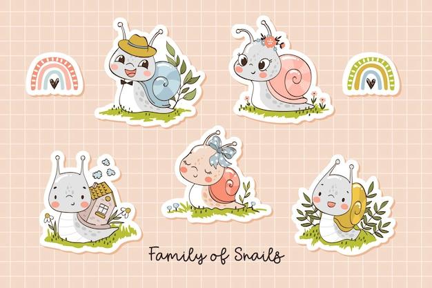 Simpatici personaggi dei cartoni animati della famiglia delle lumache collezione di adesivi