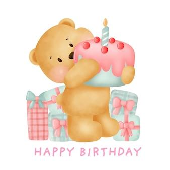 Orsacchiotto sveglio che tiene una torta per il biglietto di auguri per il compleanno.