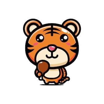 Carino tigre tenendo la carne pronta da mangiare