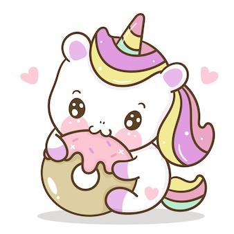 Fumetto sveglio dell'unicorno che mangia un'illustrazione di kawaii del dessert