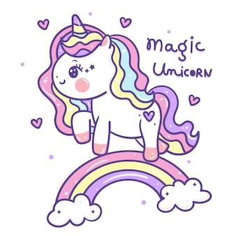 Doodle di unicorno carino su arcobaleno
