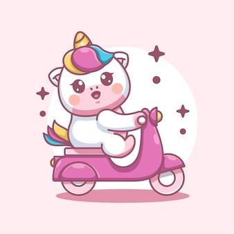 Fumetto sveglio del motorino di guida dell'unicorno