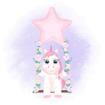 Unicorno sveglio sull'illustrazione animale disegnata a mano dell'oscillazione
