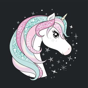 Unicorno carino con capelli scintillanti e arcobaleno su sfondo scuro con stelle.