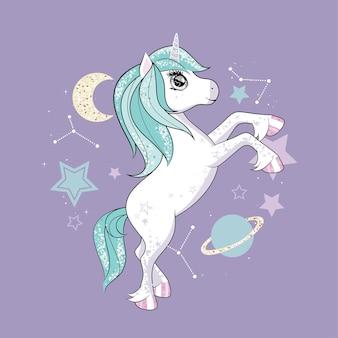 Unicorno carino con capelli luccicanti e arcobaleno sul muro viola con stelle.