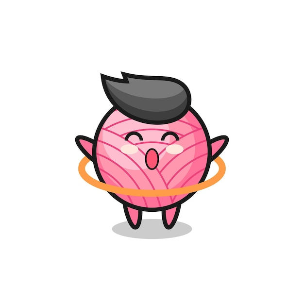 Simpatico cartone animato con palla di filato sta giocando a hula hoop, design in stile carino per maglietta, adesivo, elemento logo