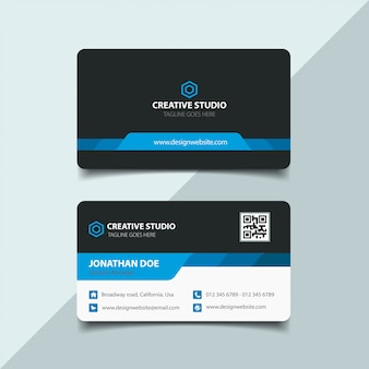 Design del biglietto da visita scuro e blu