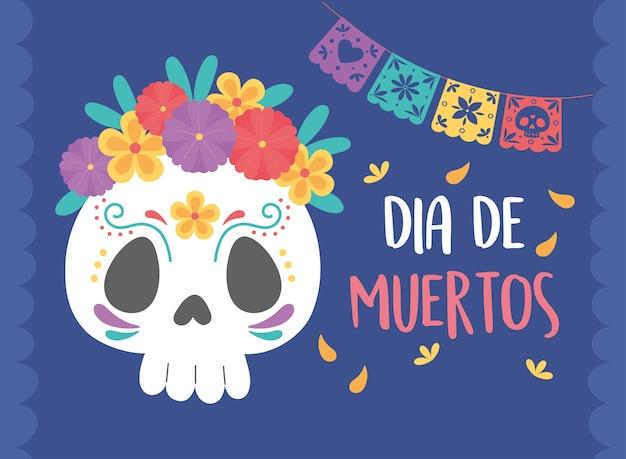 Giorno dei morti, teschio di zucchero con fiori gagliardetti cultura celebrazione messicana.
