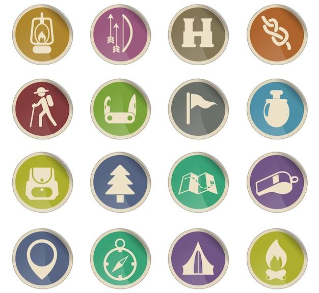 Icone vettoriali del giorno degli scout sotto forma di etichette di carta rotonde