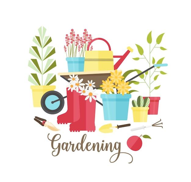 Composizione decorativa con strumenti e attrezzature per giardinaggio ecologico, lavori agricoli, coltivazione di piante biologiche isolato su priorità bassa bianca.