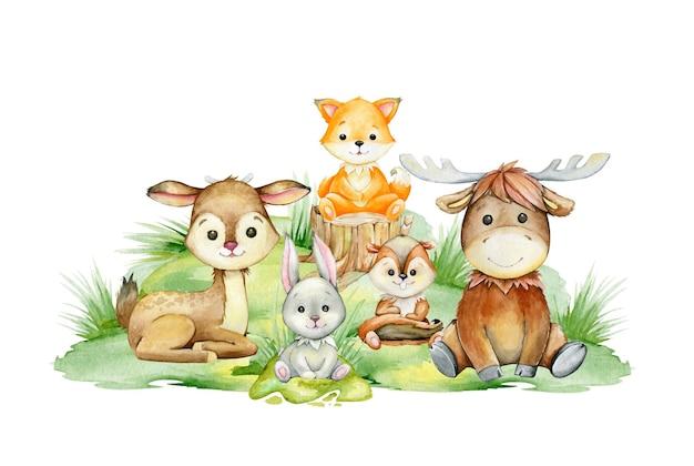 Cervo, volpe, scoiattolo, alce, lepre, seduto su un prato verde.