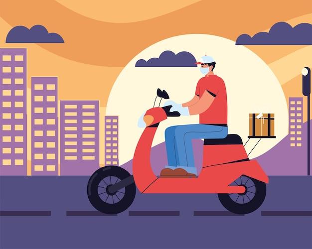 Uomo di consegna in sella a una moto